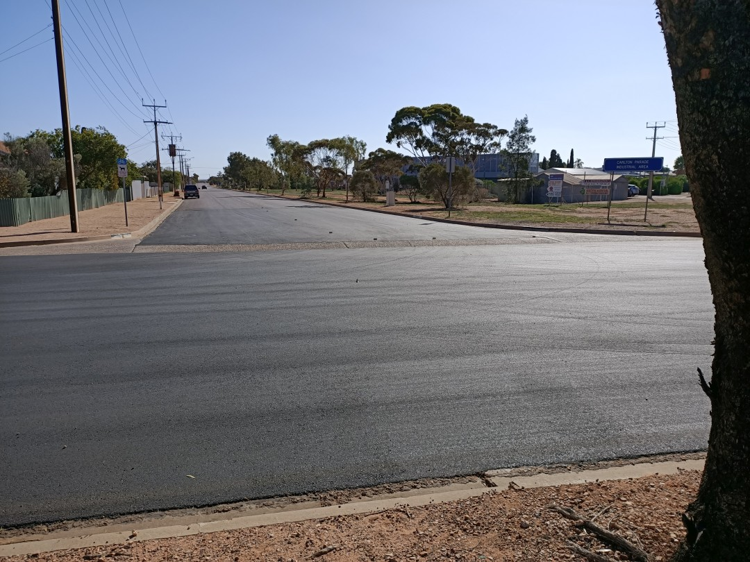 Asphalt Intersection Upgrade Carlton Parade / Rogers Street